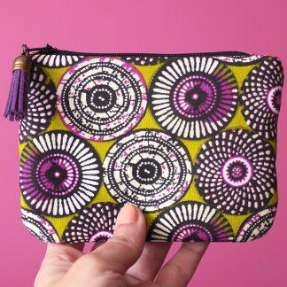 Porte-monnaie tissu ethnique motifs inspiration wax rosaces violet parme vert anis pistache graphique - Julie & COo