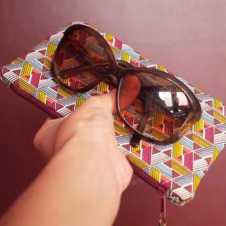 Étui à lunettes ethnique graphique tissu inspiration wax multicolore rouge bordeaux jaune curry pochette femme - Julie & COo