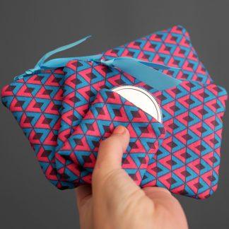 Pack trio lot 3 créations originales cousues main pochettes porte-monnaie étui à lunettes miroir de poche tissu graphique losanges bleu turquoise rose fuchsia marron - Julie & COo