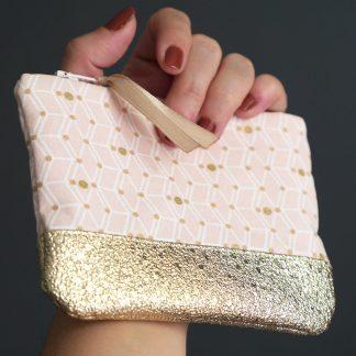 Porte-monnaie chic glamour rose poudré graphique et simili cuir doré paillette - Julie & COo