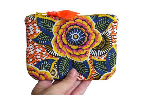 Grand porte-monnaie tissu wax dahlia jaune soleil multicolore fleur trousse pochette format carte identité - Julie & COo