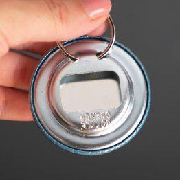Porte-clés décapsuleur ouvre bouteille cadeau maître d'école original personnalisé coloré bleu turquoise super merci - Julie & COo
