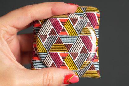 Miroir tissu motifs inspiration wax zigzags graphique multicolore rond poche petit cadeau femme - Julie & COo