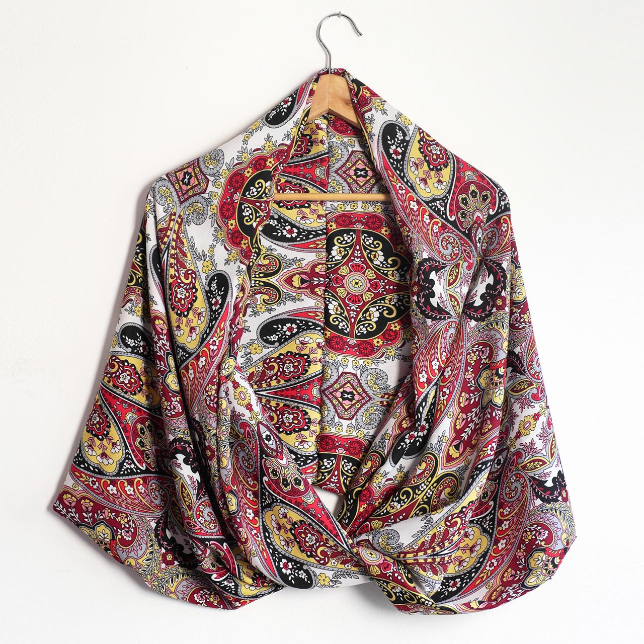 1aec180d6086 Snood foulard femme écharpe mi-saison motifs variés fleurs arabesques  multicolore rouge noir jaune mode