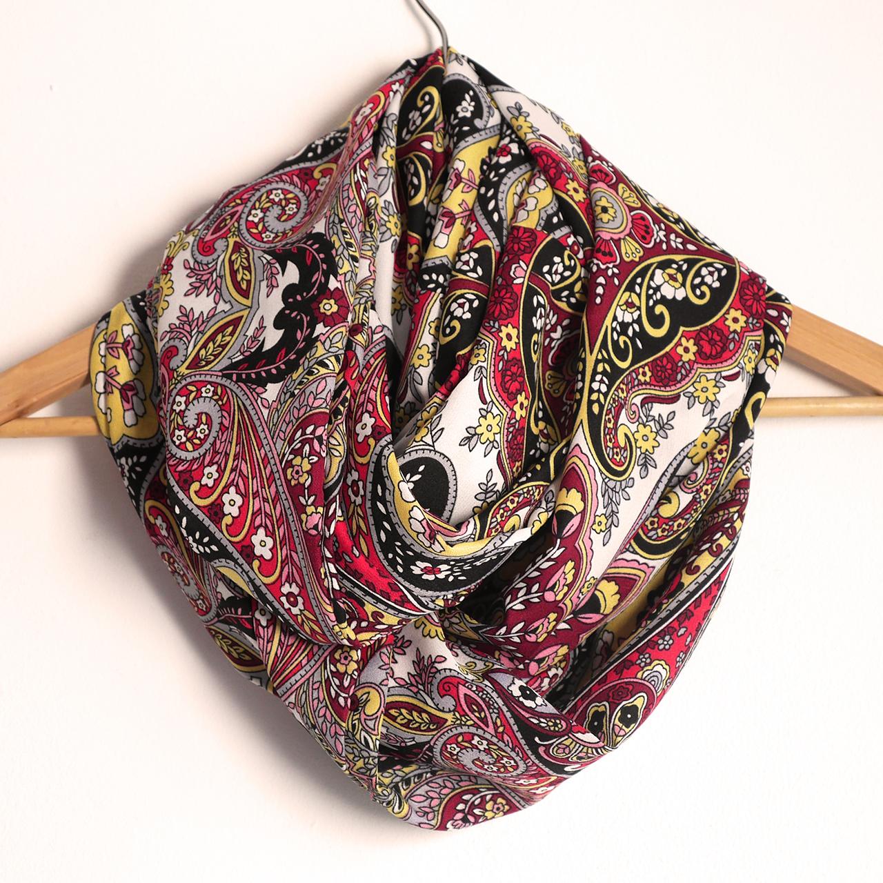 Snood foulard femme écharpe mi-saison motifs variés fleurs arabesques  multicolore rouge noir jaune mode cbbd4c0796f