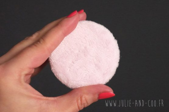 Magnet fluffy polaire minky rose pâle fourrure aimant frigo girly cocooning décoration home cadeau original handmade - Julie & COo