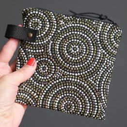Pochette femme trousse zippé carrée jacquard noir or brillant cuir rangement passeport maquillage cadeau fête des mères - Julie & COo