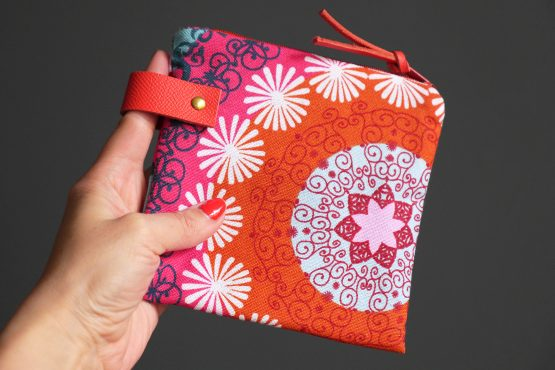 Pochette femme mandala trousse toile coton épais rose bleu turquoise zip languette cuir rangement passeport voyage maquillage - Julie & COo