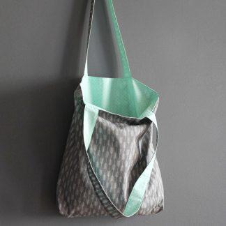 Tote bag sac femme tissu gris flèche graphique bleu menthe givré pastel shopping course cadeau fête des mères - Julie & COo