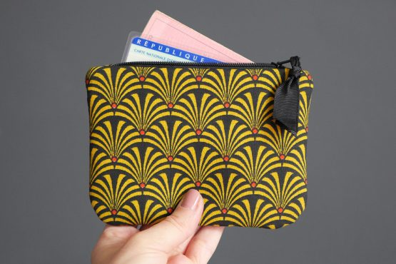 Grand porte-monnaie femme tissu éventails japonais graphique jaune moutarde noir rouge zip ruban trousse pochette carte identité - Julie & COo