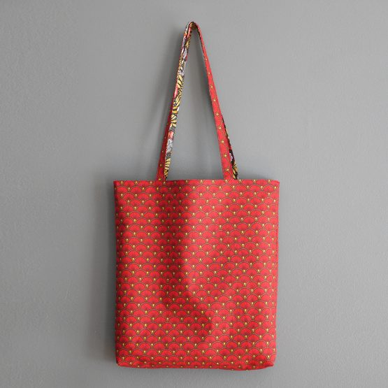 Tote bag femme tissu japonais sac réversible fleurs rouge jaune ocre noir écailles graphique shopping idée cadeau fête des mères original - Julie & COo