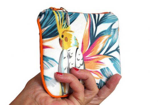 Porte-monnaie velours pochette tissu tropical handmade trousse cacatoès perruche exotique vacances zip passepoil orange cadeau femme original - Julie & COo