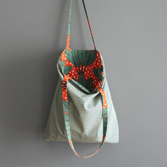 Sac tissu femme tote bag réversible coton motifs arbre du voyageur vert orange brique graphique course shopping anses porté épaule fait main - Julie & COo