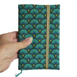 Agenda rentrée femme tissu handmade écailles japonaises graphique bleu turquoise émeraude élastique or doré semainier rendez-vous carnet organiseur bloc notes journal unique - Julie & COo