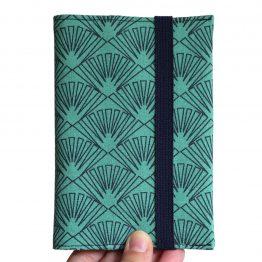 Protège-passeport couverture tissu éventails graphique bleu vert japonais femme voyage porte-document pochette fermeture élastique bleu marine - Julie & COo