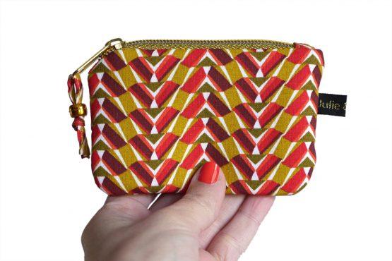 Mini porte-monnaie petite pochette femme zip doré tissu graphique ethnique rouge jaune curry format carte crédit - Julie & COo