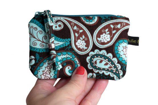 Mini porte-monnaie pochette femme zippée tissu motifs paisley bleu turquoise marron carte crédit - Julie & COo